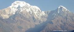 P1100963 At 8AM after breakfast getting ready to leave Landruk - The sky looks clear still (ks_bluechip) Tags: nepal trek dec2016 annapurna abc mbc landruk tolga pitamdeorali pothana