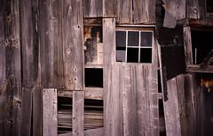 (jtr27) Tags: dsc03206e jtr27 sony alpha nex7 nex emount mirrorless sigma 60mm f28 dn dna dnart sigmaart maine barn graftonnotch newengland building weathered wood