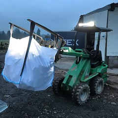 """The new light bar on the skidsteer will definitely be getting some use loading logs in the evenings #wardenstreecare <a style=""""margin-left:10px; font-size:0.8em;"""" href=""""http://www.flickr.com/photos/137723818@N08/31746417995/"""" target=""""_blank"""">@flickr</a>"""