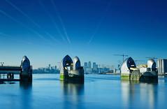 London blues (JonoHub) Tags: thames thamesbarrier river london cityscape reflections 10stopnd bigstopper canon5dmk3 docklands canarywharf