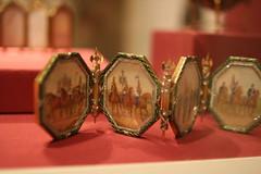 """Surprise"" from the Imperial Napoleonic Egg (ktmqi) Tags: metropolitanmuseumofart fabergé easteregg gold hardstone jewlery decorativearts russia stpetersburg enamel matildageddingsgraycollection"