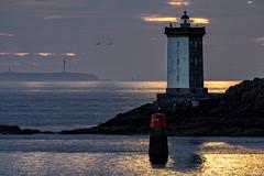 _4LN9703_ La Louve Kermorvan et le Stiff (Brestitude) Tags: sunset lighthouse soleil brittany bretagne breizh phare stiff couché finistère louve leconquet ouessant balise ushant kermorvan brestitude ©laurentnevo2015