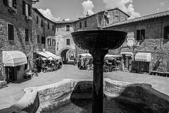 Panicale (--marcello--) Tags: piazza fontana perugia umbria panicale