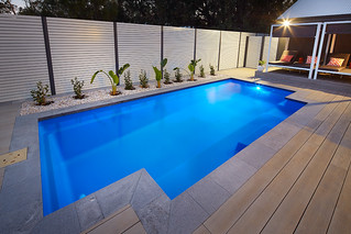 Fibreglass swimming pool 7.2m Majestic Slim Line Pool