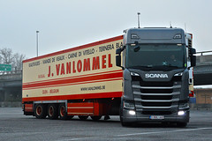 Scania S500 J.VanLommel (Samuele Trevisanello) Tags: my first scania s500 jvanlommel s 6 2017 new news newscania scanias scanias500 vanlommel van lommel beige red power amazing besttruck love it scaniar scaniapower scaniavabis scaniaholland scaniatrucks scaniaitalia scaniatruck italia italy goinstyle truck trucks truckspotting truckspotter fotobyst picoftheday allaperto hollandstyle hollandtruck como docks camion v8 veicolo belgium belgiumtruck belgiumstyle