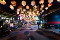 普濟殿張燈結綵 (hosihane) Tags: 室外 台灣 台南中西區 普濟殿 花燈 過年 張燈結綵 街道 夜晚 巷子 母子 老街 燈籠 點燈 影子