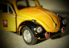 Macro Mondays - Redux 2016 - Beetle (frankvanroon) Tags: macromondays beetle redux2016 hmm vw ladybug yellow