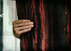 Grip (marcus.greco) Tags: grip red hand conceptual surreal trama vintage