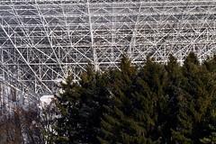 Die UFOs kommen (*Darenae) Tags: ufo radioteleskop eifel deutschland germany landschaft landscape nature field snow schnee winter