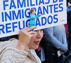 Inmigrantes (sea turtle) Tags: immigrants refugees family families hillaryclinton actionfigure seattle march women womxn woman womensmarch womxnsmarch seattlewomensmarch seattlewomxnsmarch protest demonstration politics political 4thavenue civilrights equalrights justice equality love fairness lovetrumpshate donaldtrump liberty sign crowd city downtown