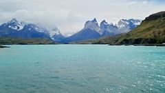 Lago Pehoé - Torres del Paine (Pablo C.M || BANCOIMAGENES.CL) Tags: chile regióndemagallanes torresdelpaine