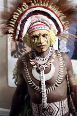 27-520 (ndpa / s. lundeen, archivist) Tags: man color film face festival fiji 35mm necklace costume belt clothing traditional nick feathers culture makeup suva southpacific warrior tradition 1970s facepaint 27 performer 1972 necklaces headdress dewolf oceania pacificartsfestival pacificislands festivalofpacificarts southpacificislands nickdewolf photographbynickdewolf festpac pacificislandculture southpacificfestival reel27 southpacificartsfestival southpacificfestivalofarts fiji72