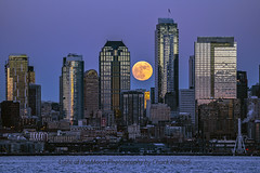 moonhenge-2321ps (Light of the Moon Photography) Tags: downtown seattle full moon wolf rise over city