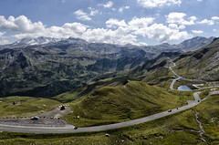 Serpentea entre Los Alpes (mArregui) Tags: wwwarreguimeluscom marregui grossglockner alpes losalpes montaña cordillera cordilleradelosalpes paisaje