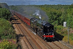 Oliver Cromwell (garstangpost.t21) Tags: olivercromwell 70013 collinsgreen broadlane merseyside 1z54 liverpoollimestreet holyhead