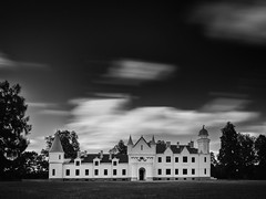 Alatskivi (Kaldar) Tags: longexposure motion architecture buildings blackwhite estonia eesti louds weldingglass alatskivi