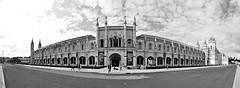ingresso centrale - main entrance (immaginaitalia) Tags: city portugal europe lisbon capital belem capitale monastero città lisbona jeronimos portogallo europea cattedrale