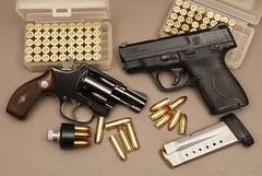 DS23085 (Joseph Berger Photos) Tags: 38spl 9mm guns model36 shield smithwesson gun revolver pistol firearms