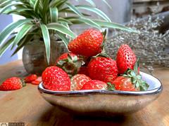2 (Smilie FotoGrafer( +84 90 618 5552 )) Tags: fruit strawberry freshfruit