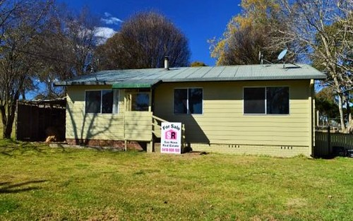 29 Pearson Street, Guyra NSW 2365