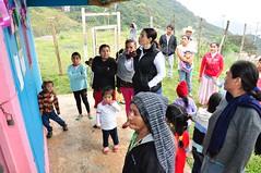 """Entrega de 14 bicicletas que ayudarán a transportarse a escolares del Jardín de Niños """"Octavio Paz"""" en la comunidad El Palmar de Santa María Tlalixtac"""