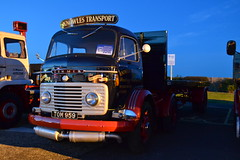 Night Time Commer 'Knowles Transport' reg TOM 959 (erfmike51) Tags: lorry artic commer flatbedtrailer knowlestransport eastangliatopgearroadrun2015