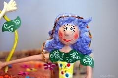 Floriana azul (* Cludia Helena * brincadeira de papel *) Tags: flowers brazil flores love brasil doll peace amor flor paz boneca papermache papiermach papelmach cludiahelena