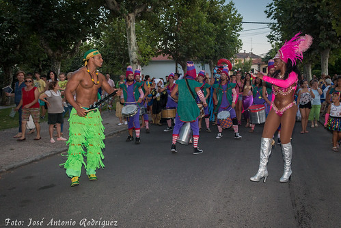 "Carnaval de verano 2015 • <a style=""font-size:0.8em;"" href=""http://www.flickr.com/photos/133275046@N07/20062677608/"" target=""_blank"">View on Flickr</a>"