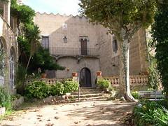 """Can Bellsolell de la Torre Arenys de Munt <a style=""""margin-left:10px; font-size:0.8em;"""" href=""""http://www.flickr.com/photos/134196373@N08/20256021676/"""" target=""""_blank"""">@flickr</a>"""