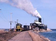 Tilt (ac1756) Tags: dm detroitmackinac alco c425 381 chiefwawatum mackinawcity michigan