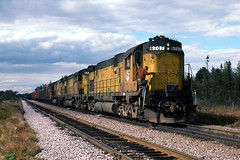 Lunch is Over (ac1756) Tags: northwestern cnw alco c628 6707 littlelake michigan