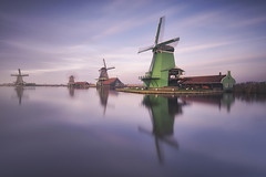 Windmills (Raúl Podadera Sanz) Tags: molinosdeviento molinos viento wind mills windmills green water reflection reflejos holland holanda zaanse netherland longexposure colors travel viaje amsterdam