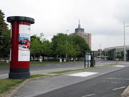 "E-bus charging station, Braunschweig, Germany <a style=""margin-left:10px; font-size:0.8em;"" href=""http://www.flickr.com/photos/128385163@N04/32024998450/"" target=""_blank"">@flickr</a>"