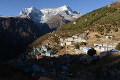 Morning in Namche Bazar, Nepal (3.400m) (dscheronimo) Tags: hft trekking nikond800 himalayafairtrekking himalaya namchebazar namche dorf village mountains berge berg sunrise morning