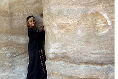 Girl in Petra (bgladman) Tags: travel portrait people 15fav girl topv111 photography photo topv333 nikon women d70 petra stock middleeast jordan explore exotic nikkor mirrorsofsociety nikondigital itsongselection itsongmirrorsmiddleeast cotcmostinteresting topphotoblog kingdomofjordan itsong2nikond70 nikonstunninggallery bgladman brendangladman