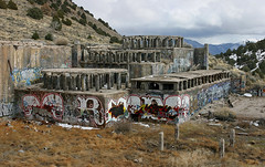 Nevada Graffiti (funkandjazz) Tags: skulls graffiti nevada read readmore booker bookman
