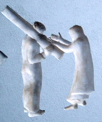 Fourth Station: Jesus Meets His Afflicted Mother (marylea) Tags: church architecture wow catholic texas cross designer prayer jesus houston architect passion philipjohnson suffering stationsofthecross romancatholic stbasils universityofstthomas stationsofcross viadellarosa