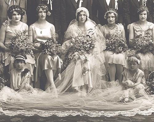 Свадебная мода 20-х годов.