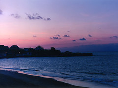 Comillas II (Mandoestelar) Tags: espaa contraluz lafotodelasemana mar spain agua playa arena anochecer comillas lfscontraluces