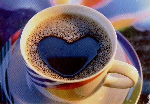 القهوة تنعش ذاكرة النساء الرجال
