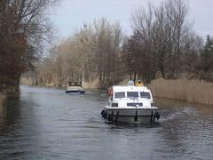 Verfolger (martinbetz) Tags: 2006 hausboot mritz