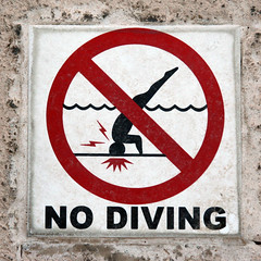 NO DIVING (Leo Reynolds) Tags: arizona usa holiday phoenix sign canon eos 350d iso400 90mm f71 peril signsafety signbad signno groupsigns scoutleol30 0ev 0005sec hpexif groupbadsigns groupno signcirclebar signprohibit titanhitour titanhitour2006 groupperil xintx xexplorex xratio11x xleol30x