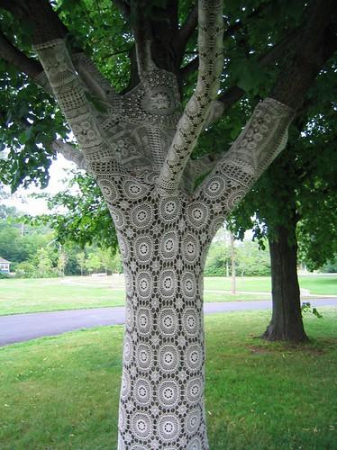 Lace Tree by karmakazi_.
