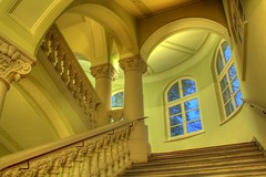 staircase - treppenhaus - by extranoise