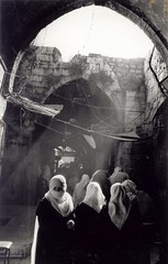 Gaza city suq (Palestine) - by Ahron de Leeuw