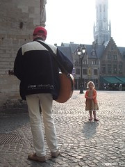 The Wonder of Music (N. Mexico) Tags: musician music girl thanks child belgium little guitar brugge 123 player guitarplayer bruge payitforward photofixation nicepictures lovephotography commentonmycuteness theworldthroughmyeyes myhappyplace fickrsoupforthesoul visittheworldthetravelguide
