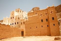 Old brick buildings - Yemen (Eric Lafforgue) Tags: republic arabic arabia yemen arabian ramadan yemeni yaman arabie yemenia jemen lafforgue arabiafelix  arabieheureuse  arabianpeninsula ericlafforgue iemen lafforguemaccom mytripsmypics imen imen yemni    jemenas    wwwericlafforguecom  alyaman ericlafforguecomericlafforgue contactlafforguemaccom yemenpicture yemenpictures