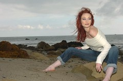 Justine Joli 2005-03-13 03:34PM (Consensual Media) Tags: california beach march sand pacific horizon malibu redhead jeans jolie bluejeans justine joli justinejoli
