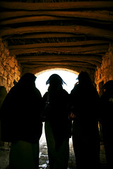 Veiled women walking in a corridor - Yemen (Eric Lafforgue) Tags: bridge black women noir republic veiled dress islam tunnel arabic arabia yemen arabian ramadan voile yemeni yaman veiledwoman arabie jemen lafforgue arabiafelix  arabieheureuse  arabianpeninsula ericlafforgue iemen lafforguemaccom mytripsmypics imen imen yemni    jemenas    wwwericlafforguecom femmevoilee  alyaman ericlafforguecomericlafforgue contactlafforguemaccom yemenpicture yemenpictures