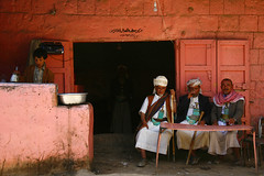 Old men in traditional dress having a coffee  - Amran - Yemen (Eric Lafforgue) Tags: bar republic arabic arabia yemen arabian ramadan coffe yemeni yaman arabie jambia jemen 6791 lafforgue arabiafelix  amran arabieheureuse  arabianpeninsula ericlafforgue iemen lafforguemaccom mytripsmypics ericlafforgue imen imen yemni    jemenas    wwwericlafforguecom  alyaman ericlafforguecomericlafforgue contactlafforguemaccom yemenpicture yemenpictures